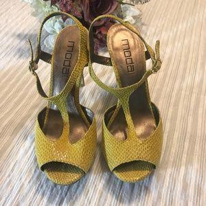 Moda Spana Mods Spana Strappy Heels Size 7.5